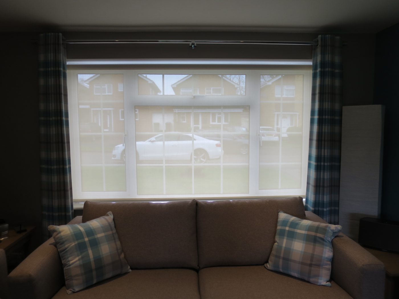 Battery Iphone Electric Roller Blinds Hampshire The