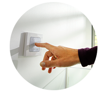 Electric Blinds - Controls - Wall Switch - The Electric Blind Company