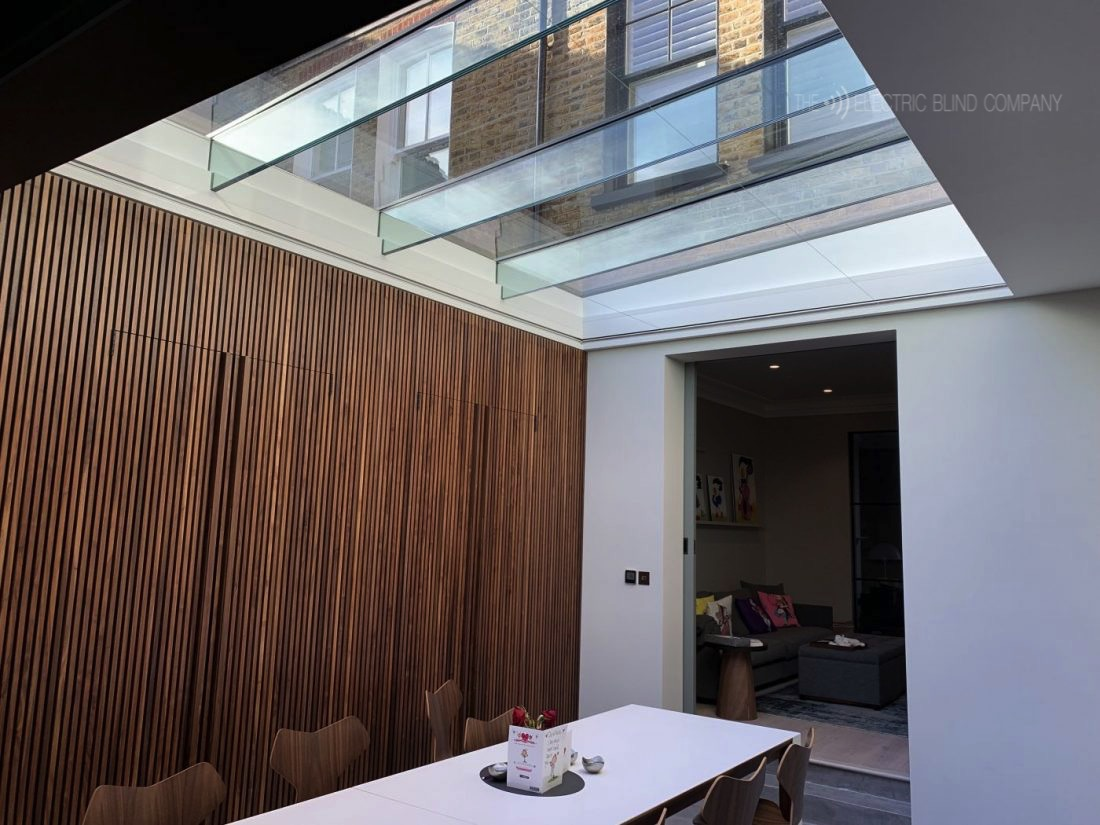 ELectric-Roof-Blind-Fitted-in-Clapham-by-The-Electric-Blind-Company-1100x825