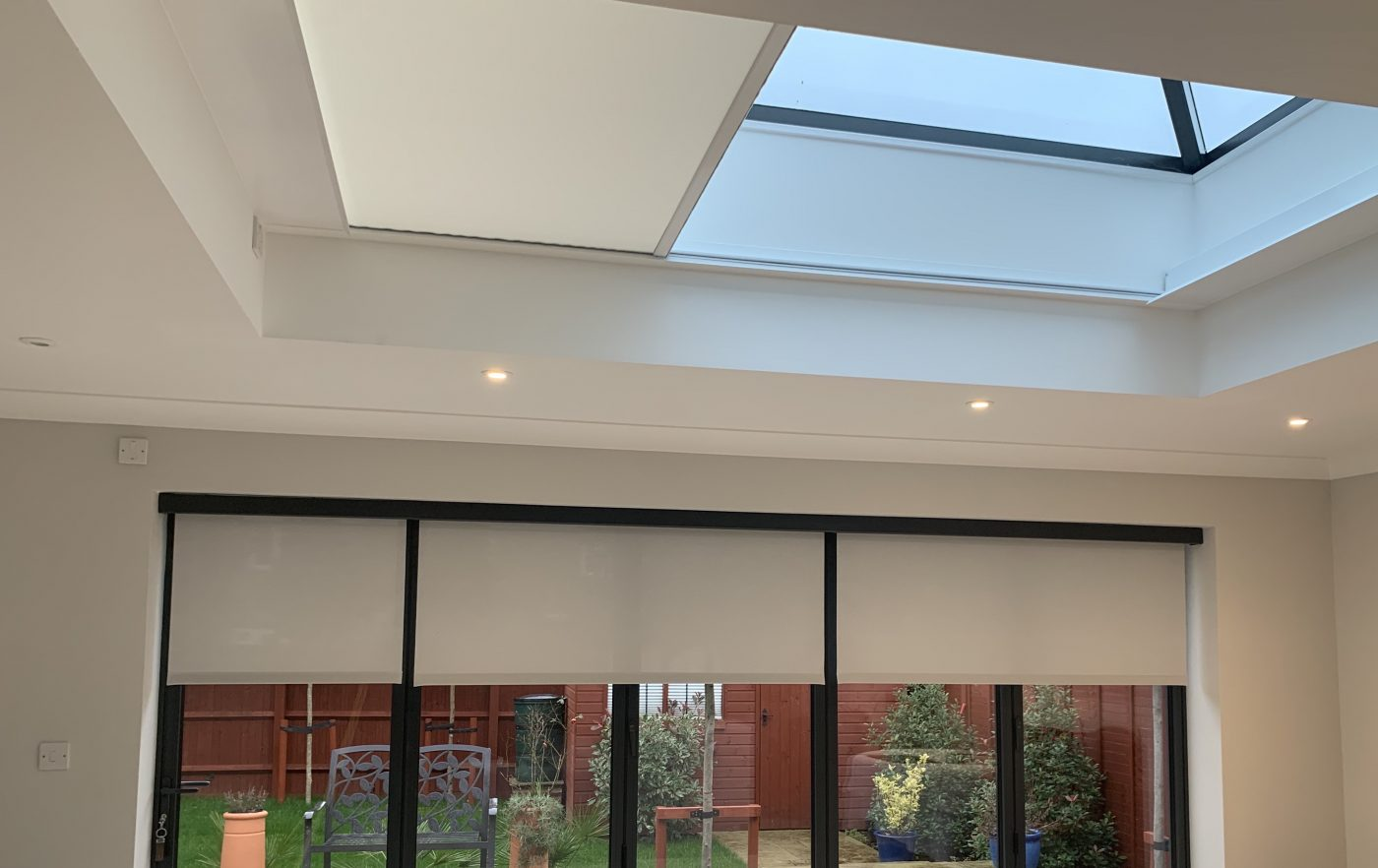 White Roof Lantern Electric Blinds - The Electric Blind Company